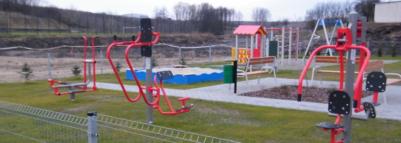 Plac zabaw oraz siłownia zewnętrzna w miejscowości Święcica
